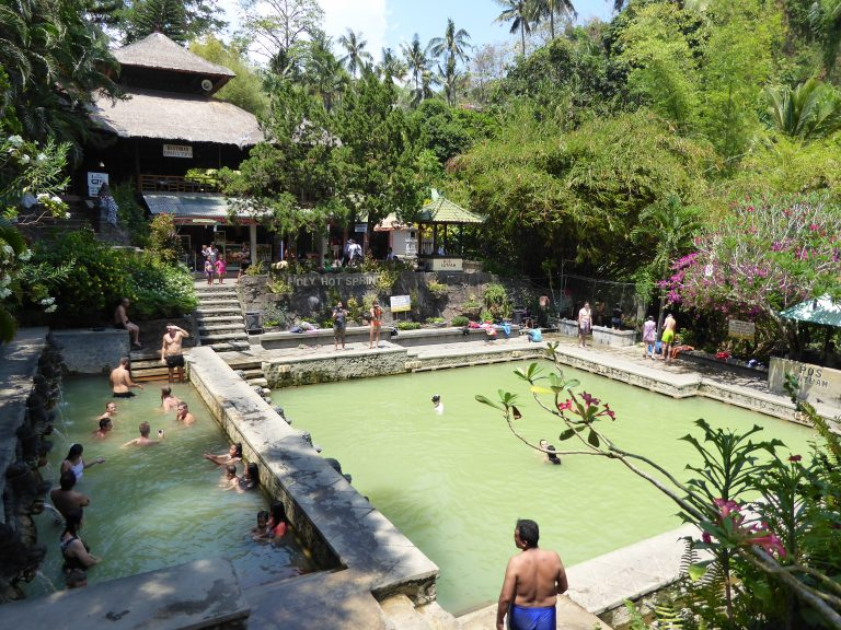 Hot Springs Lovina - Air Panas